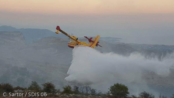 Exercice incendie : survol en hélicoptères